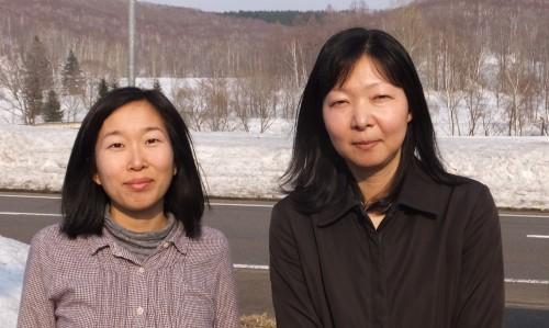 橋本さん(右)