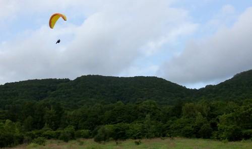 曇ると涼しいくらい。日射が当たるとすぐサーマルが出ます!秋のようなコンディションで飛べました!