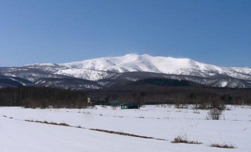 積丹岳全景