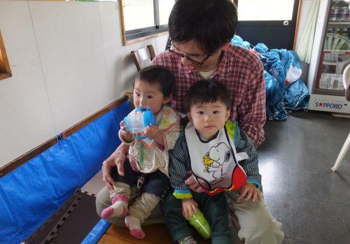 小山さんには、風佳の子守もしていただきました。ランディングのフキをゲットでご帰宅でした~
