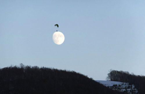 岡田さんは月に着陸!?